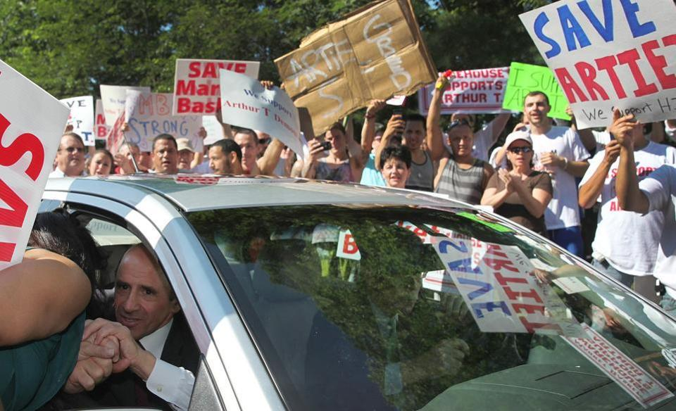 Supporters mobbed embattled Market Basket president Arthur T. Demoulas as he arrived for a board meeting in Andover.